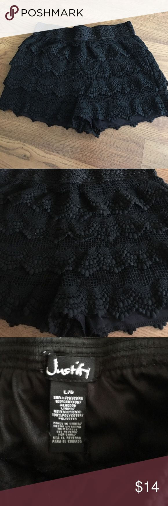 Lace scalloped shorts lg Cute black lace scalloped shorts. Size large. Worn once. justify Shorts