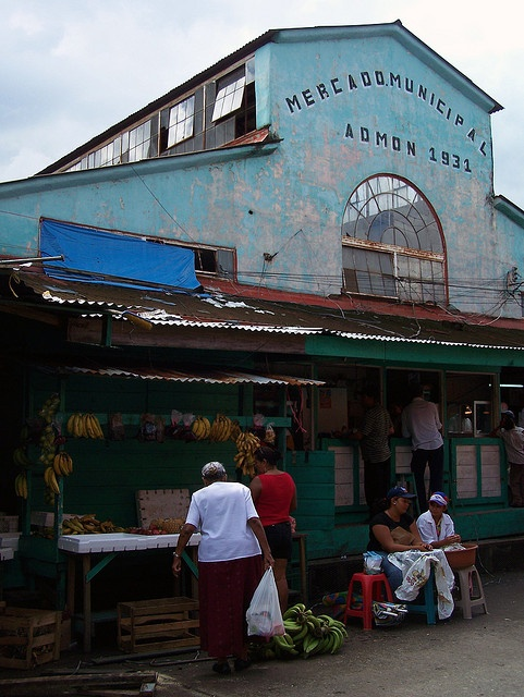 Mercado Municipal  Downtown, San Pedro Sula, Honduras A few weeks after we arrived the hurria cane  Fefe devastated the city. We left as soon as the airport reopened.