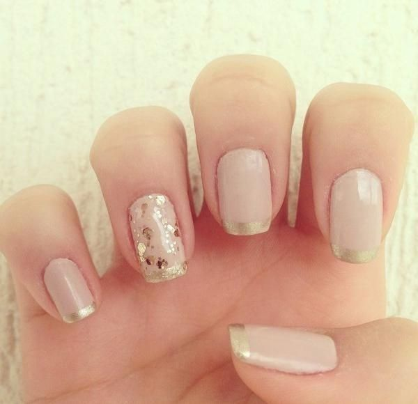 vernis-shellac-idee-deco-ongles-French-manucure-paillettes.jpeg (600×580)