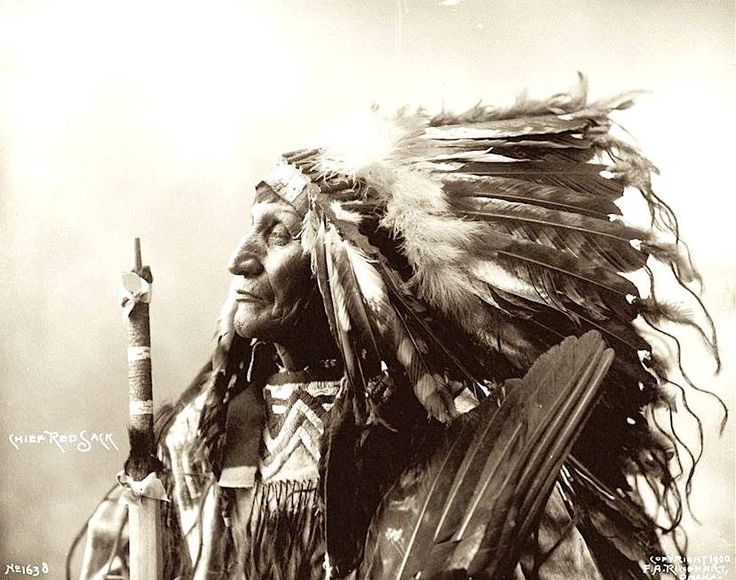 Chief Red Sack (Ojuha Luta). Oglala Lakota,. Pine Ridge, South Dakota. 1899. Photo by F.A. Rinehart.