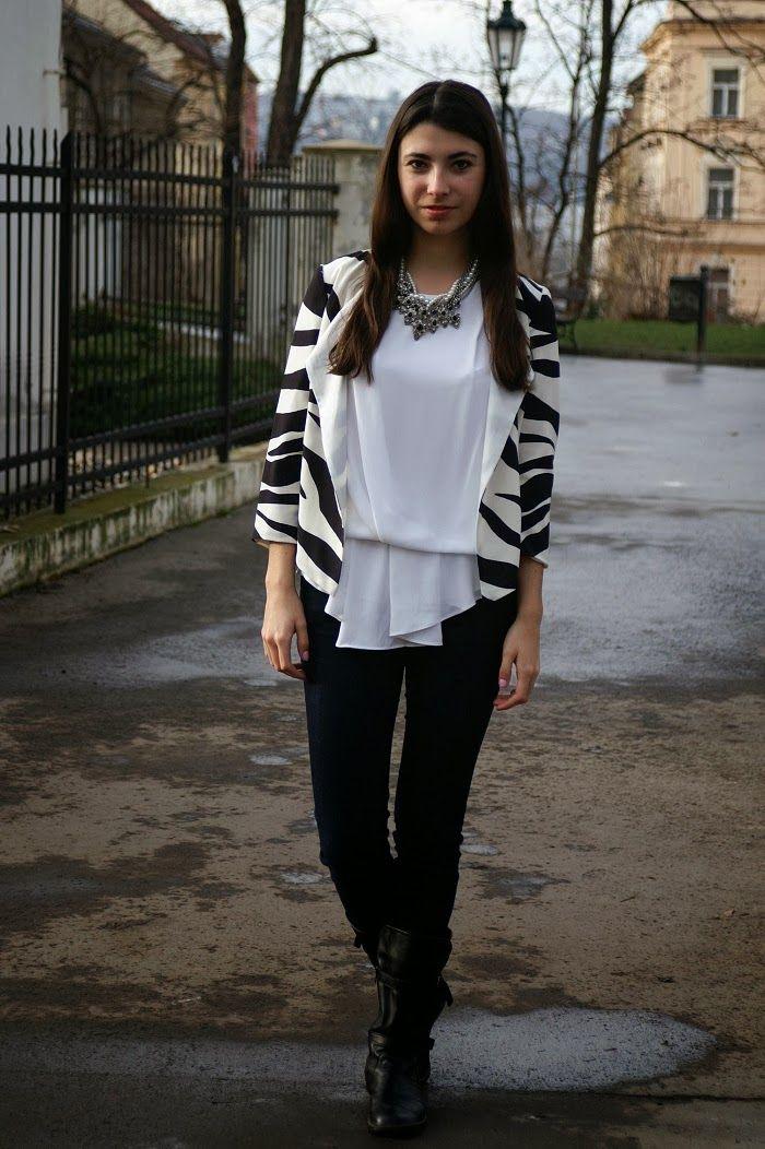 Trend: Printed blazer http://trendbook.cz/profile/show/Tigerbows?blog=1