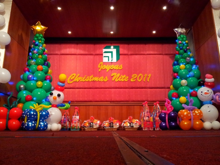 Stage decor theme winter christmas pinterest for Balloon decoration for stage