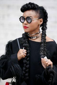Le 25 décembre dernier, le soir de Noël, Kim Kardashian postait une photo de sa coiffure sur les réseaux sociaux. Elle arborait alors deux nattes collées et cette coiffure n'a pas tardé à faire fureur chez les fans de la star de télé-réalité. En effet, de nombreuses fashionistas n'hésitaient pas elles aussi à poster la …