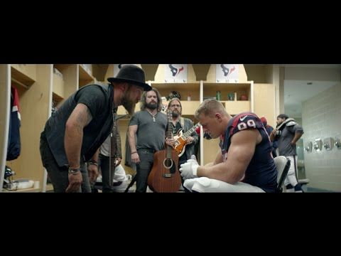 Haha.. love this! Watch #GeorgiaCountry artist, the Zac Brown Band, team up with JJ Watt for this Bose commercial! #HornsUp
