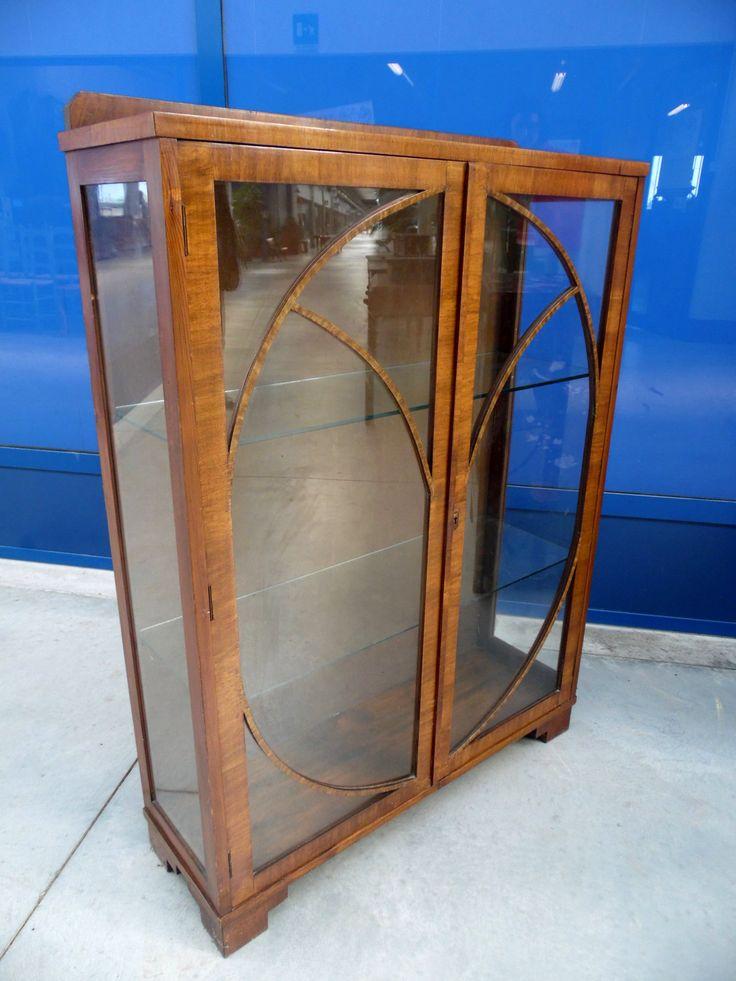 Vetrina in mogano inglese primo '900 liberty con vetri decorati carismatica