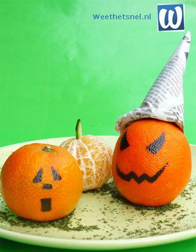 Een origineel en makkelijk Halloween idee, deze mandarijn pompoentjes en boze mandarijnen. Leuk als decoratie of als traktatie! - Instructies - Weethetsnel.nl