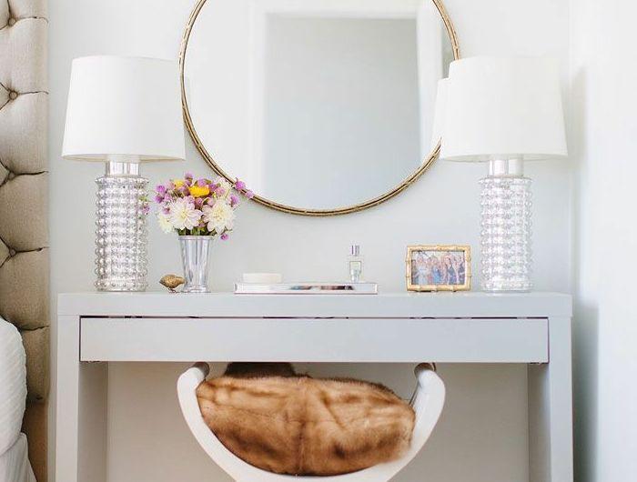 Les 25 meilleures id es de la cat gorie meubles de chambre for Miroir 3 faces pour coiffeuse