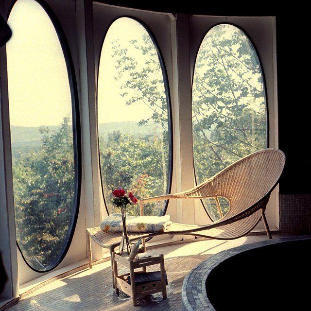 Best Futuristic Homes