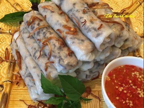 Bánh Cuốn -  Vietnamese Steamed Rice Rolls - Frying pan method