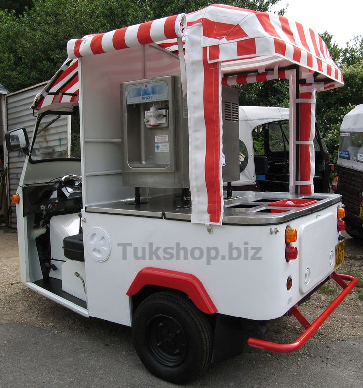 www.tukshop.biz complete a custom ice cream van tuk tuk for Brighton station.