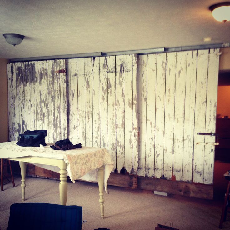 1000 images about room dividers on pinterest old french for Barn door room divider
