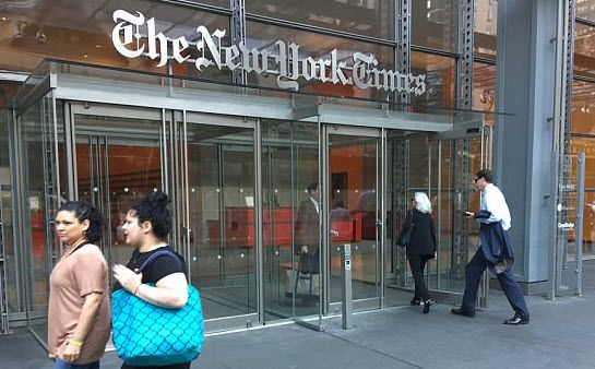 James Comey Visits The New York Times http://betiforexcom.livejournal.com/25465284.html  Just hours after President Trump admitted he did not record any of his conversations with James Comey, the former FBI Director was spotted entering The New York Times office, in Times Square, NYC.As The Daily Mail notes, Comey confessed to being the source of a leak to the Times about private, unorthodox meeting he had with the president before he was fired in June.Comey, disguised behind dark sunglasses…