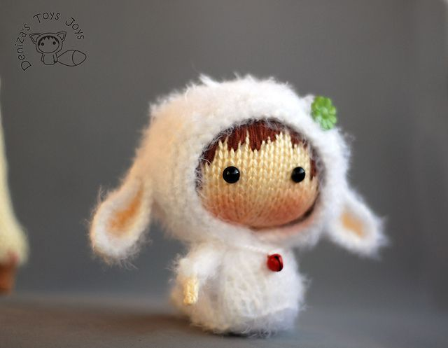 Ravelry: White Sheep Doll. Tanoshi series toy. pattern by Tatyana Korobkova