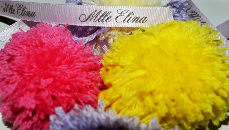 Le  blog  de  Mlle  Elina ...: Mon inspiration du jour ... #pompon #pompom #mode  #enfant www.mlle-elina.fr