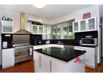 Granite in a kitchen design from an Australian home - Kitchen Photo 6953773
