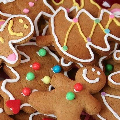 Recette facile de biscuits de Noël au pain dépice à réaliser avec les enfants