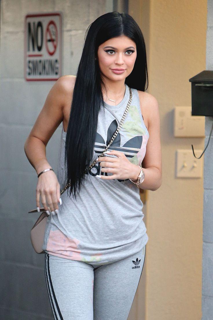 Long Grey shoulder tshirt - Grey leggings - (black, Grey, or white running shoes)