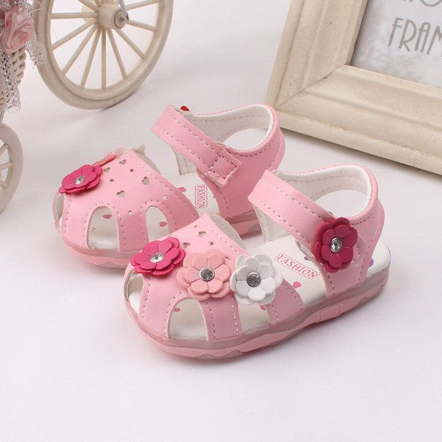 Girls Flower Sandals *