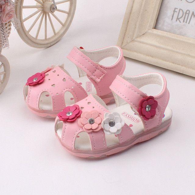 Girls Flower Sandals *