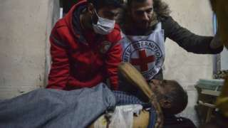 Aleppo battle: Red Cross evacuates disabled civilians from frontline