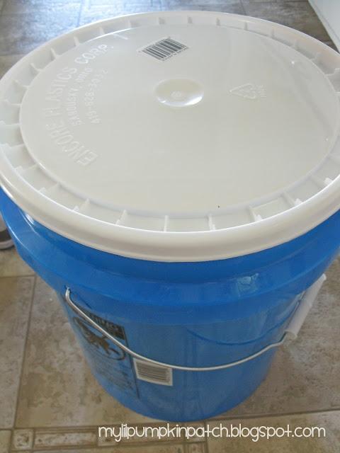 Liquid DIY laundry detergent