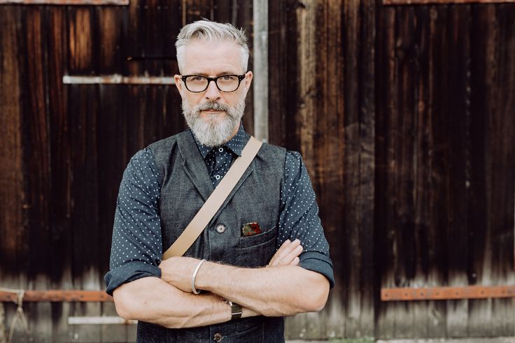 Bruno Streich, the designer of the STREICH bags and Clothes wears a waistcoat out of japanese selvedge denim fabric. #streichbag #brunostreich #waistcoat #denim #denimwaistcoat #selvedge denim #selvedge #beard #beardmodel #saltandpepper #glasses