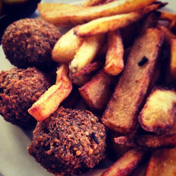 Hummus Abu Maruan (חומוס אבו מרואן) is a Restaurant in Tel Aviv, Israel popular with Sports Fans
