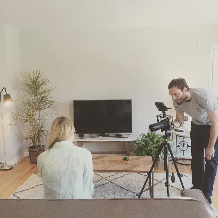 Filming our product video for the Smart Remote in San Francisco. #design #decoration #filming #smartremote #product #video #smart #home #smarthome #iot #hardware #sf #dolorespark