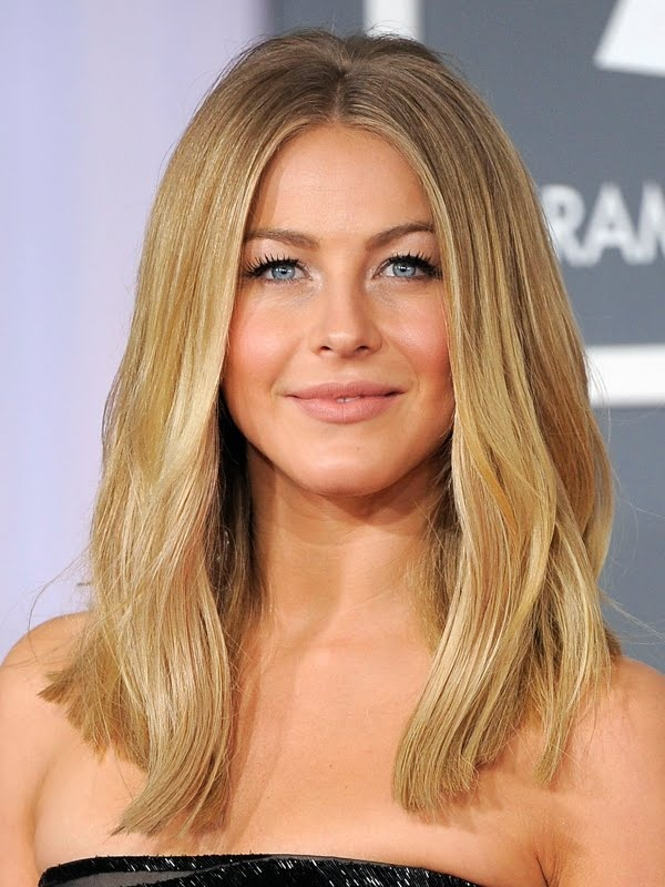 Julianne Hough Shoulder Length Hair Straight beachy waves {hair how...