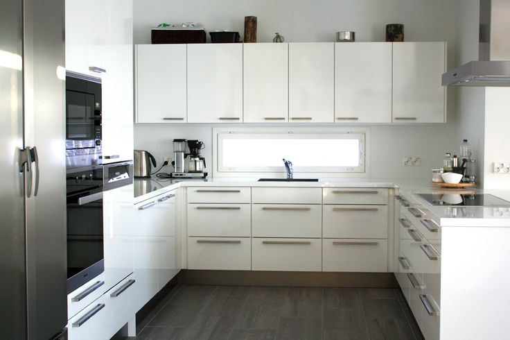 Moderni keittiö. Kitchen  #modernstyle #finishdesign © AX-Design Oy, Finland