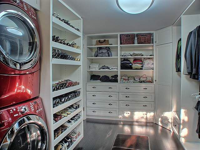17 best ideas about red laundry rooms on pinterest for Master closet laundry room combo