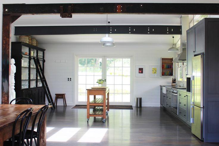 Spacious gourmet kitchen with island bench. #luxury #luxuryaccommodation #accommodation #weekendaway #wanderlust #kitchen #interiordesign