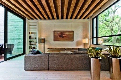 Zespół architektów ze studia Gervais Fortin udowodnił, że można zaprojektować ekologiczne wnętrze, nie rezygnując z nowoczesnego designu i posługując się stosunkowo skromnym budżetem. http://sztuka-wnetrza.pl/1525/artykul/aranzacja-w-stylu-rustykalnym-ndash-eko-wnetrze