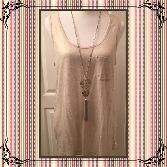Saks Off Fifth Heathered Pocket Tank Top This versatile heathered tank features breathable linen finished with a chest patch pocket. This tank will go with any outfit either as a layering piece or alone in the warmer weather. Neutral color. XL. NWT. Saks Off Fifth Tops Tank Tops