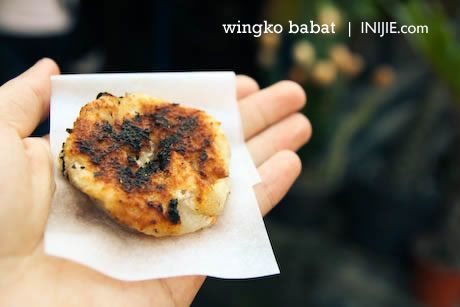 Wingko: Semarang Culinary which is sometimes called Wingko Babat, is a traditional Javanese pancake-like snack made from coconut.  It is a kind of cake made mainly of coconut and other ingredients. Wingko is popular especially along the north coast of Java island. It is sold mostly by peddlers on trains, at bus or train stations, or in the producer's own shop. This might explain why it's very popular in Java to use wingko as a gift to families upon returning from traveling.