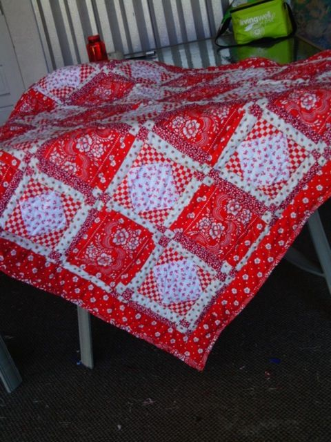 71 best Quilt - Bandana Style images on Pinterest | Carnivals ... : red bandana quilt - Adamdwight.com