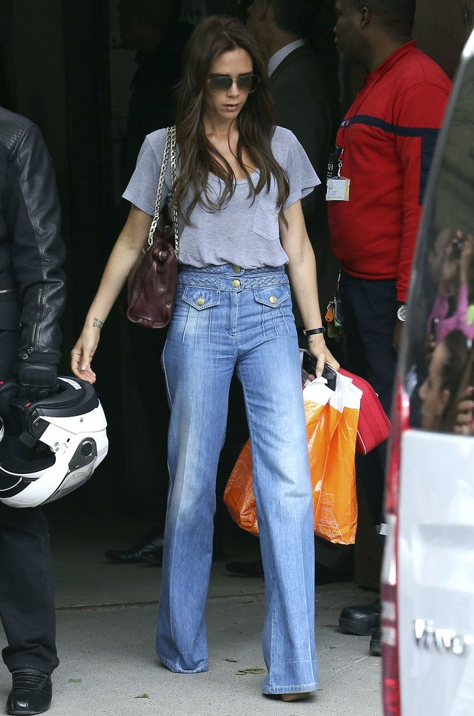 the flare jean trend street style | Victoria Beckham Wide ...