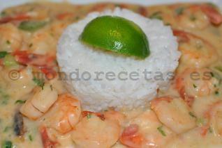Bobo de camarao: Receta brasileña de gambas en salsa de coco - mondorecetas.es