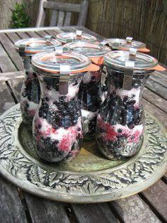 MojeTworyPrzetwory: Jagody na zimę - zasypane cukrem