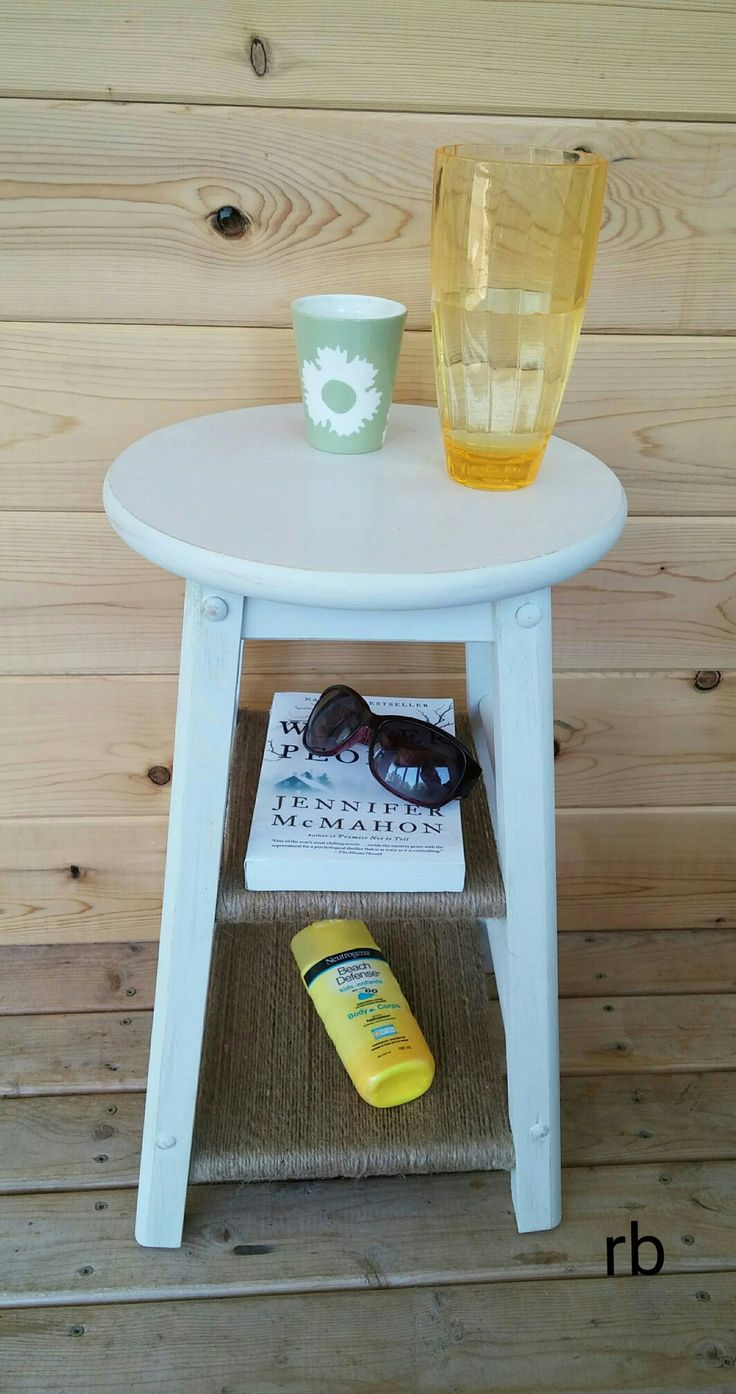 Upcycle your old stool. rb