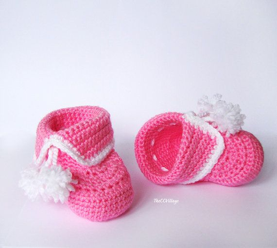 Crochet baby booties baby girl booties shoes in by TheCCVillage