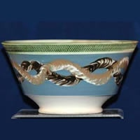 Mocha bowl with earthworm decoration in the central band