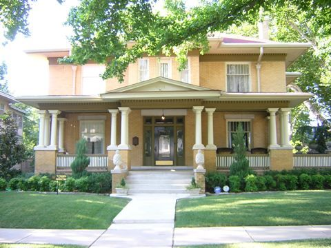 52 best images about big beautiful old houses on pinterest for Craftsman style homes in okc