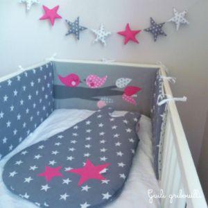 tour de lit et gigoteuse étoile//oiseaux guili gribouilli