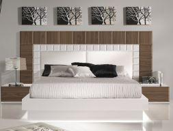 Dormitorio en nogal americano con detalles lacados en blanco brillo y frontales cabecero tapizados en polipiel blanca : NATASSIA NOGAL