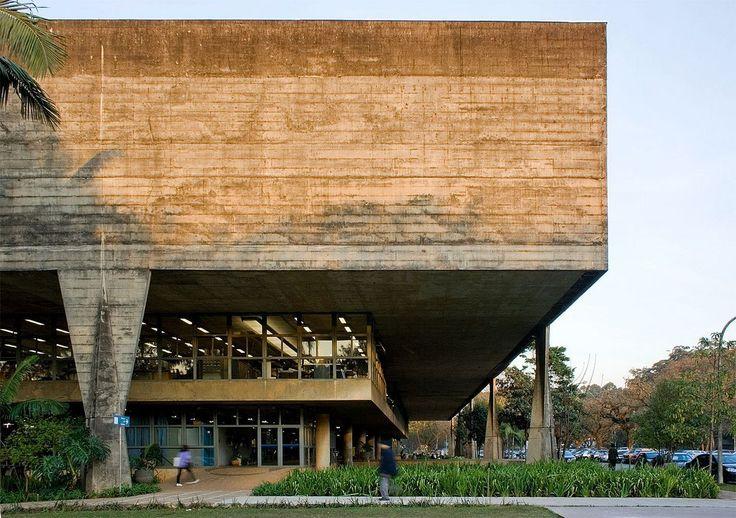 AD Classics: Faculty of Architecture and Urbanism, University of São Paulo (FAU-USP) / João Vilanova Artigas and Carlos Cascaldi,© flickr Fernando Stankuns. Used under <a href='https://creativecommons.org/licenses/by-sa/2.0/'>Creative Commons</a>