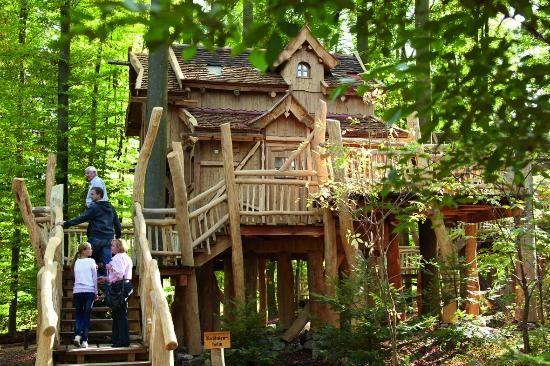 Hotel Erlebnispark Tripsdrill Natur-Resort, Cleebronn: 44 Bewertungen, 49 authentische Reisefotos und Top-Angebote für Hotel Erlebnispark Tripsdrill Natur-Resort, bei TripAdvisor auf Platz #1 von 1 B&B / inn in Cleebronn und mit 5 aus 5 bewertet.