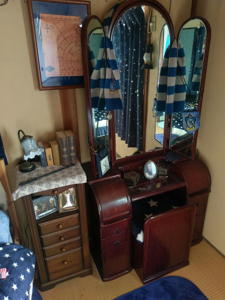 My Ravenclaw Dresser I Have A Replica Of Snape S Wand On