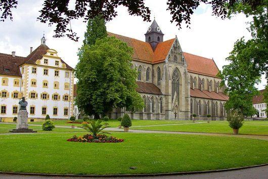 Außenansicht Kloster und Schloss Salem. At the Bodensee