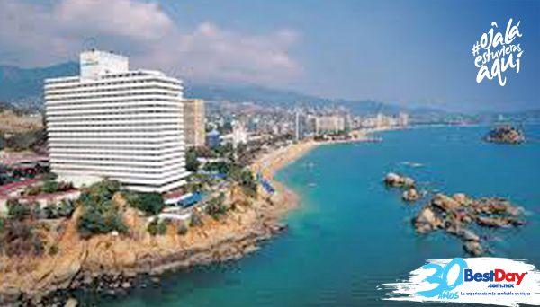 Fiesta Americana Villas Acapulco es un lujoso hotel familiar en Acapulco con 324 habitaciones, se encuentra construido a las orillas de la playa y brinda vista a la bahía. El hotel es ideal para una escapada romántica, ofrece facilidades ejecutivas, exclusivos servicios de spa, piscina y estacionamiento. #OjalaEstuvierasAqui